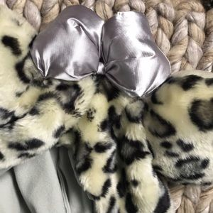 Disney Accessories - Animal Print Furry Minnie Mouse Ears Winter Hat